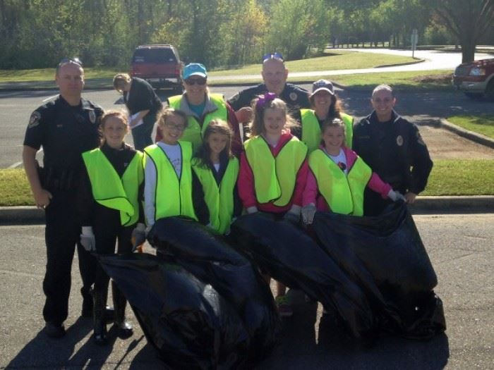 Clean Sweep 2016 Volunteers 6